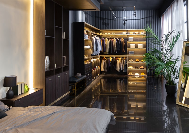 Dressing contemporain pour homme In-ipso